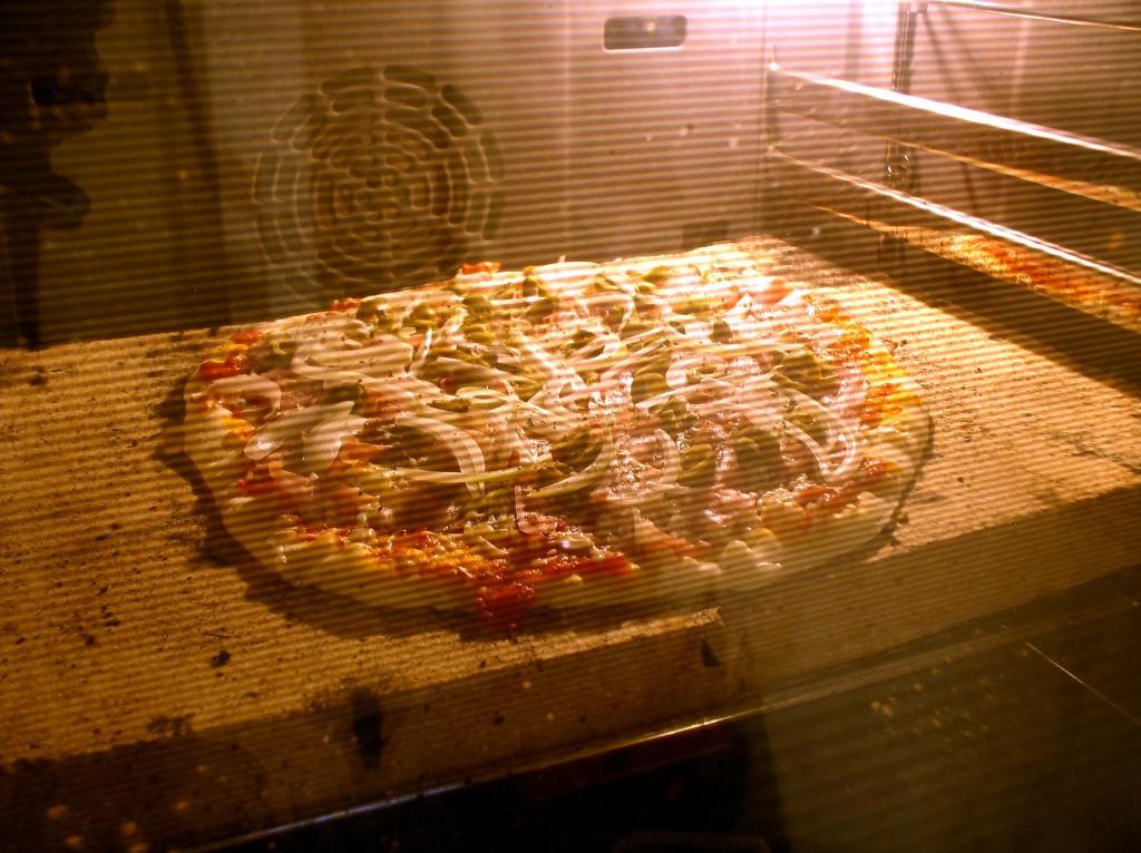 pizza_rzymska_w_piecu_kamienie
