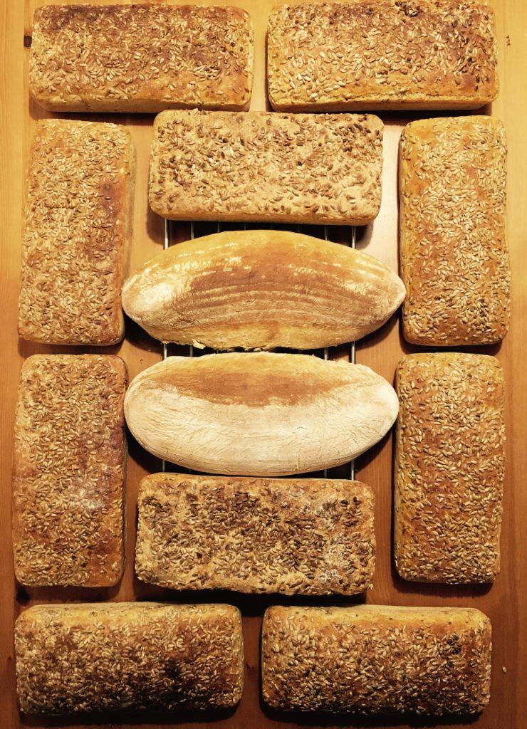 chleb-ze-slonecznikiem-na-zakwasie-homemade-bread-przepis-recipe