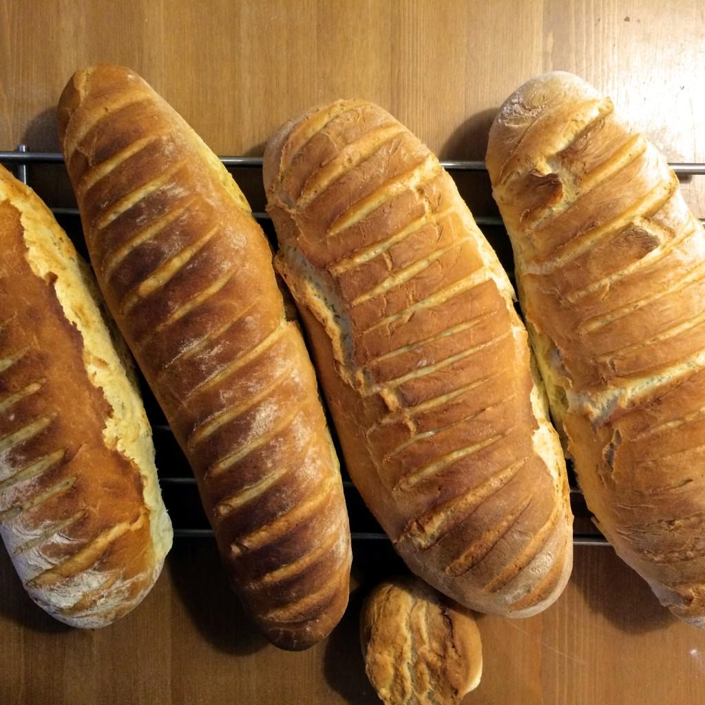 klasyczny-domowy-chleb-na-zakwasie-przepis