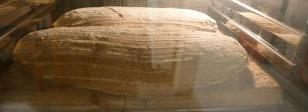 chleb-wiejski-przepis-wypiek-na-kamieniach