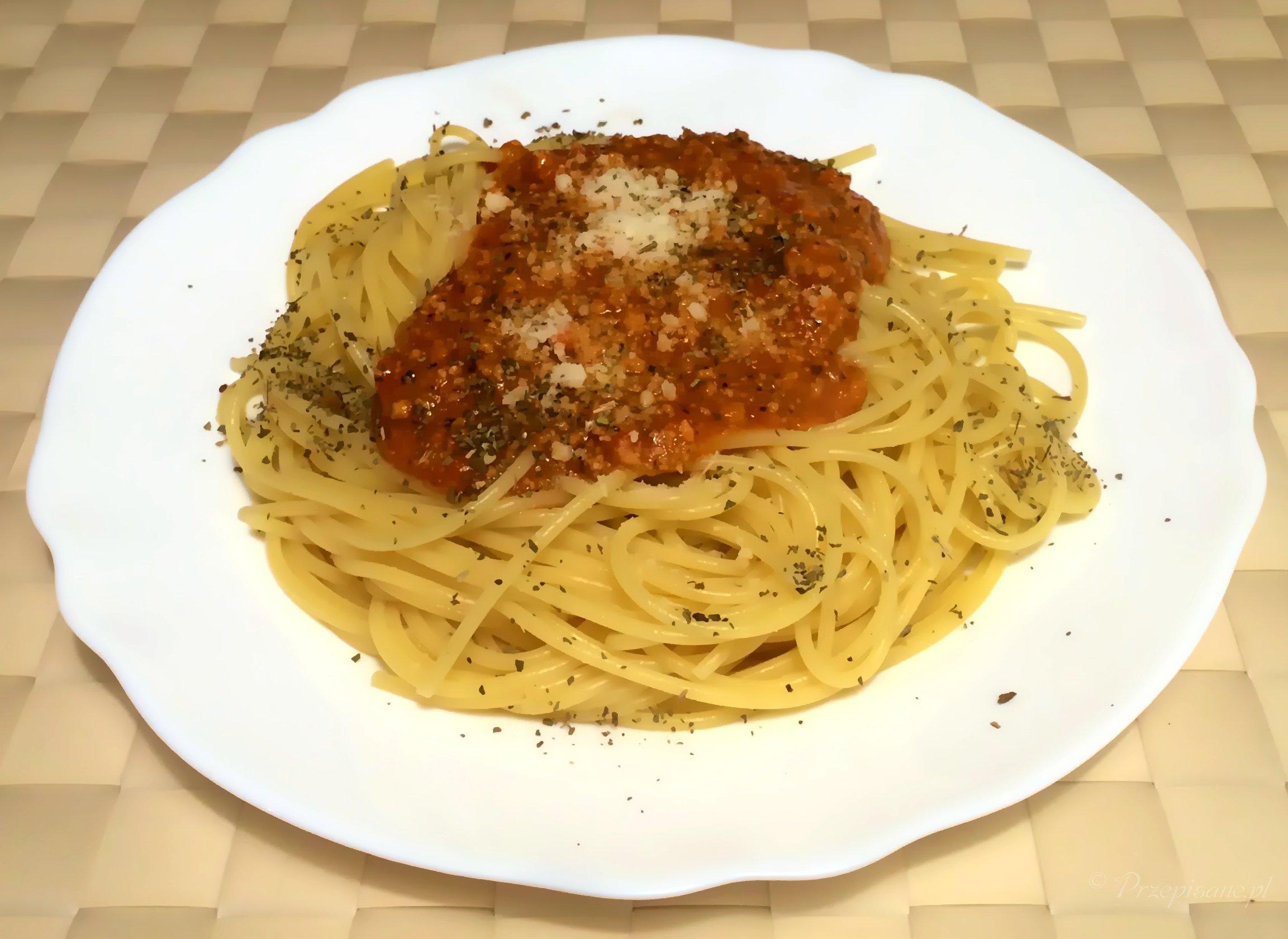 spaghetti_bolognese_przepis
