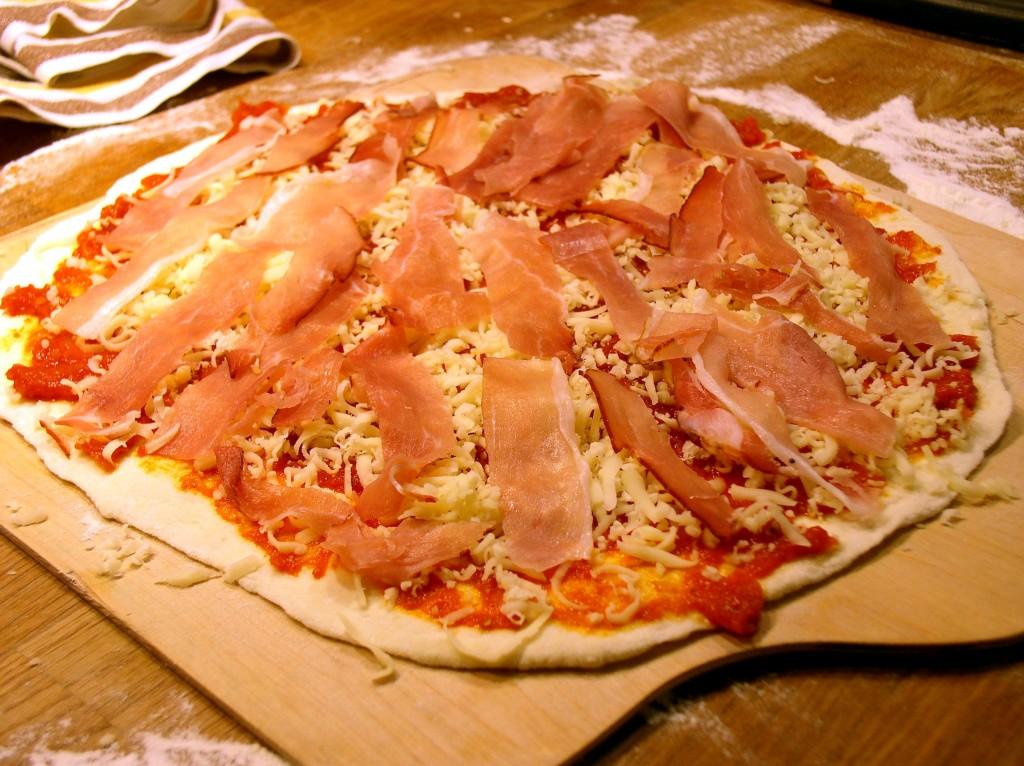 pizza_rzymska_szynka_szwarcwaldzka