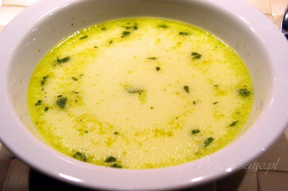 zupa-neapolitanska-z-pietruszka-przepis