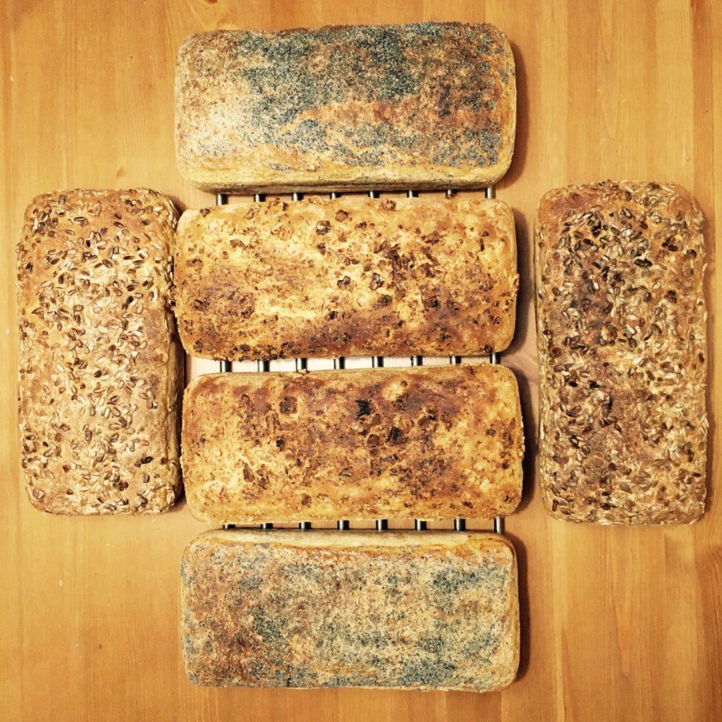 chlebek-domowy-z-keksowki-homemade-bread-przepis-recipe