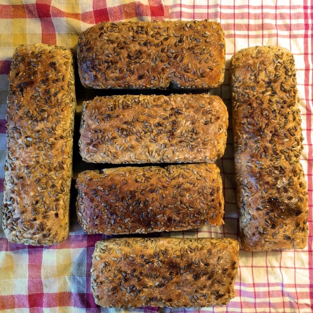 domowy-chleb-na-zakwasie-homemade-bread-przepis