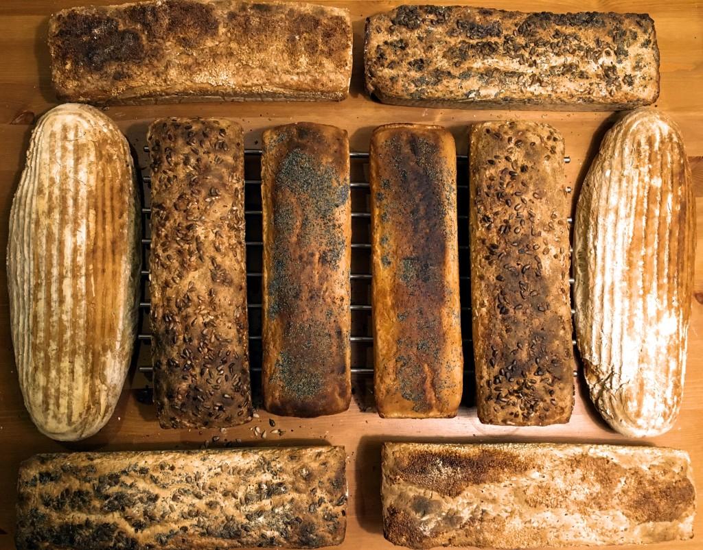 domowy-chleb-w-foremce-na-zakwasie-homemade-bread-przepis-recipe