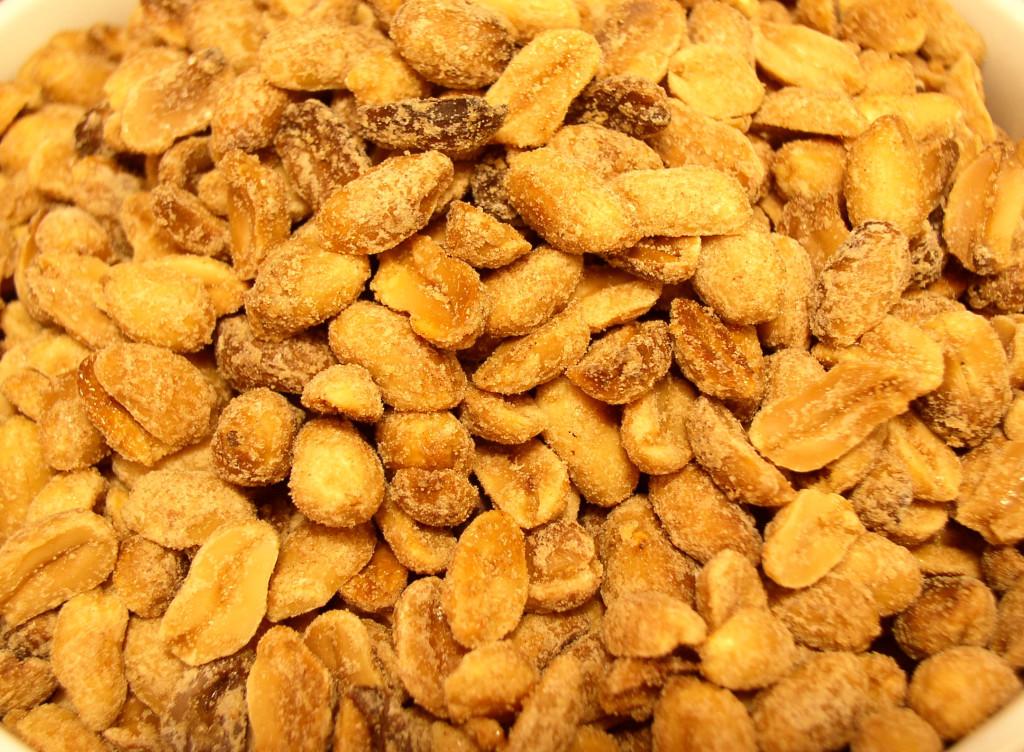 arachidy-orzechy-arachidowe-prazone-solone-przepis