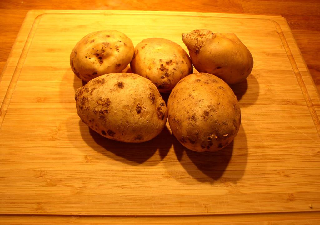 ziemniaki-z-piekarnika-jak-z-ogniska-kumpir-przepis
