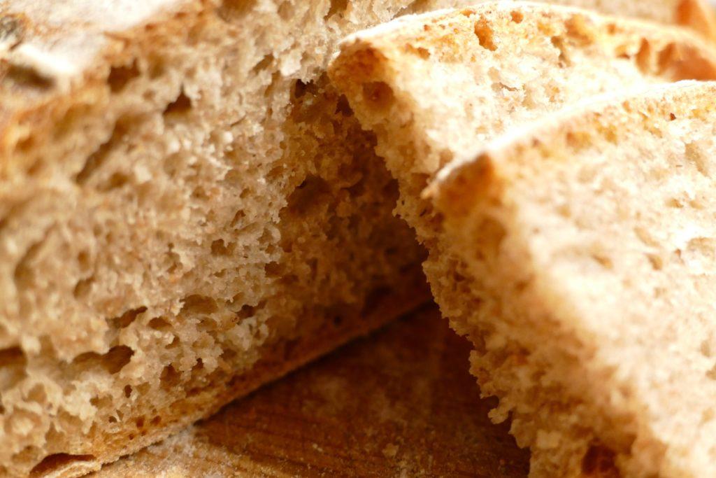 chleb-wiejski-przepis-miazsz